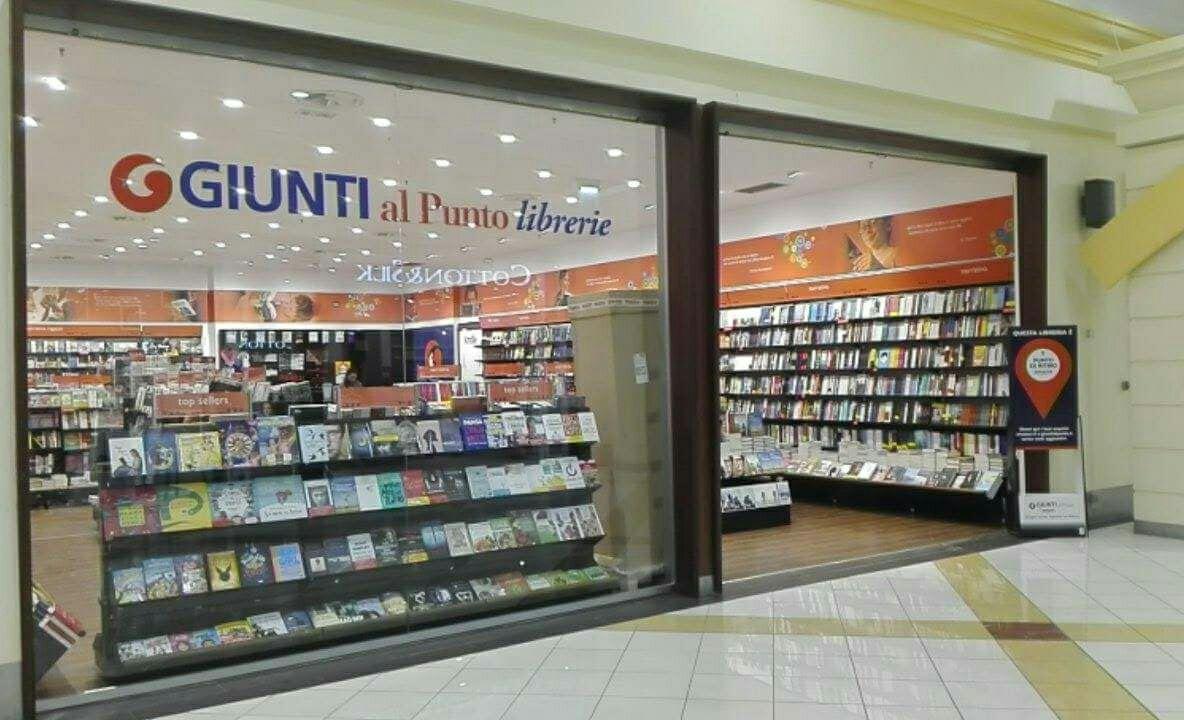 Giunti al punto centro commerciale i portalicentro for I portali negozi